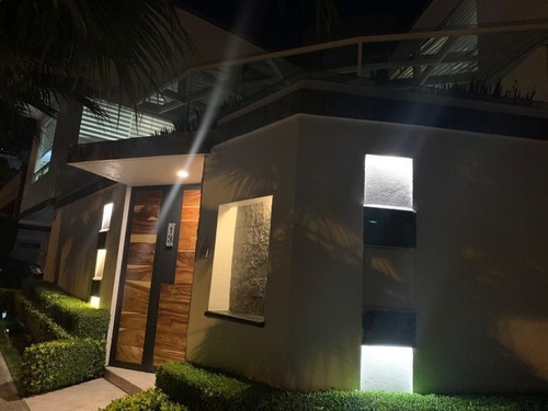 941- Espectacular Casa En Venta En Interlomas