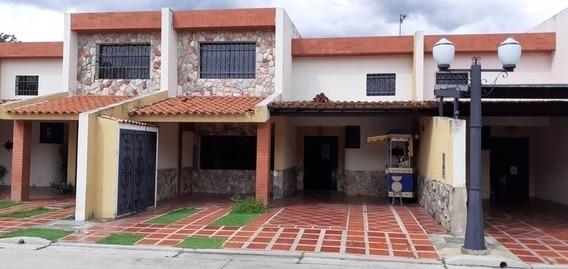 Venta Townhouse Urb.el Refugio San Diego Cvg Cod.399879