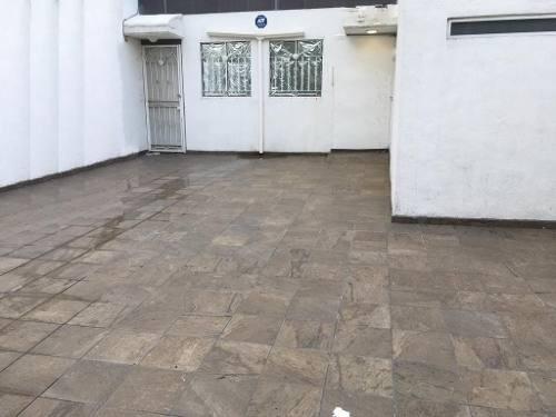 Casa En Renta Para Oficina O Local En Paseos Del Prado,tlaquepaque.