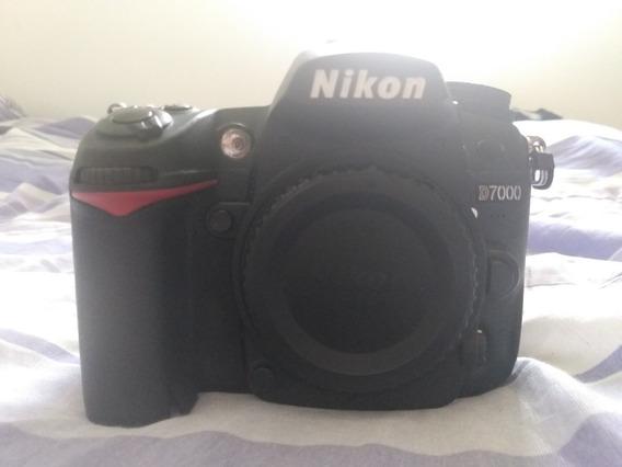Nikon D7000 + Lente 18 135