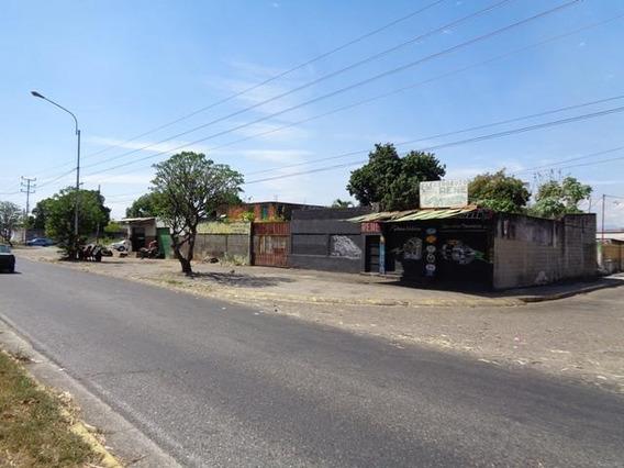 Terreno En Venta En Barrio Bolivar 19-8126 Rb