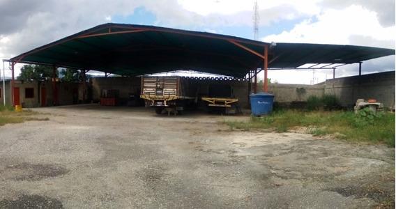 Código: 416648 Amplio Galpon En Bejuma Sector La Mediagua