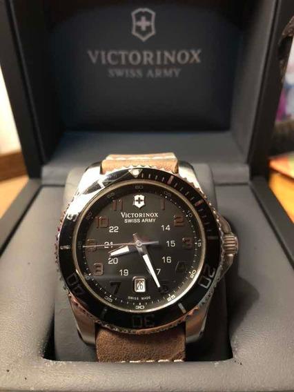 Relógio Victorinox, Modelo Maverick Original