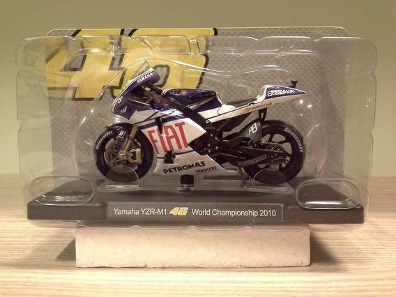 Miniatura Moto Valentino Rossi Yamaha M1 2010 1:18 (11 Cm)