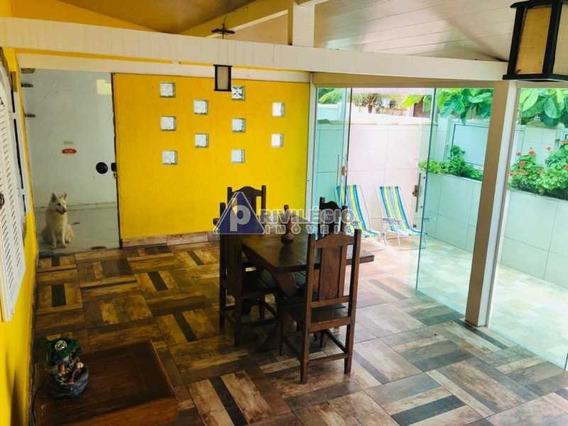 Casa À Venda, 11 Quartos, 4 Vagas, Miguel Couto - Cabo Frio/rj - 1400