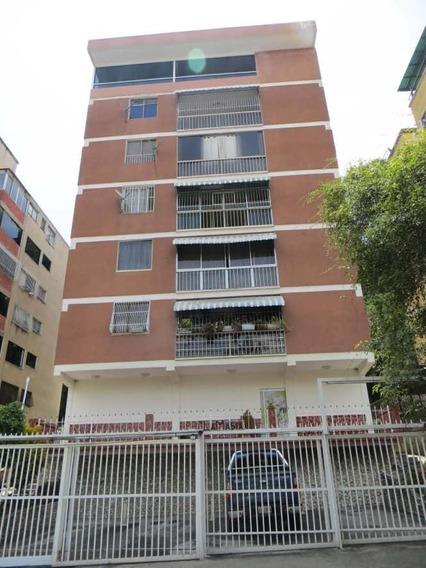 Apartamento En Venta Dioselyn G Santa Mónica19-10990