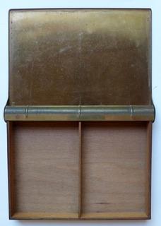 Caja Porta Cigarros Cigarrera Libro En Bronce Y Cedro