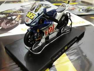 Vr46 Moto 1:18 Yamaha Yzr M1 2008 Valentino Rossi. Campeon