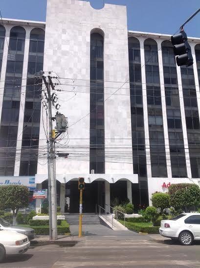 Oficina Renta Centro Elevador 5 Est Sala Juntas 2 Privados