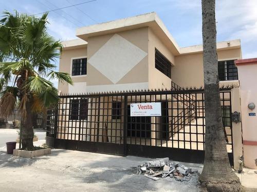Casa En Venta En Privada De Las Villas En García Nl