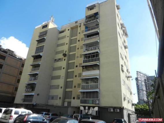 Oficina En Venta Altamira...16-2635///