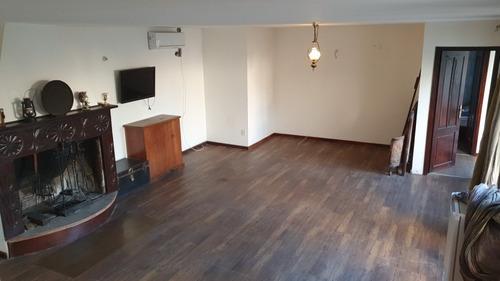 Oficina Carrasco Con Recepción Baño Y Kitchinette Av.bolivia