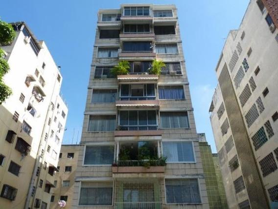 Venta De Apartamento En Bello Monte 18-12766