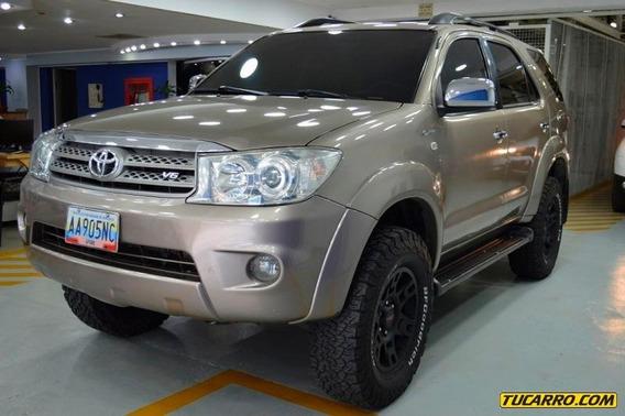Toyota Fortuner Automático