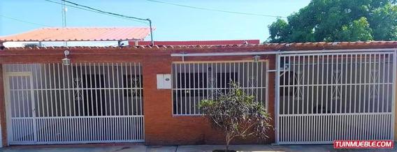 Casas En Venta Fundacion Mendoza
