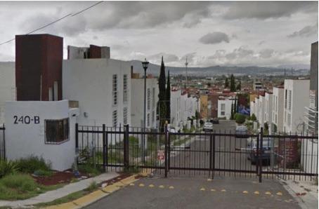 Hermosa Casa Recuperación Bancaria!! Lomas Del Carmen