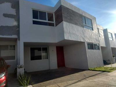 Casa Cerca Del Cruce Lopez Mateos Y Periferico