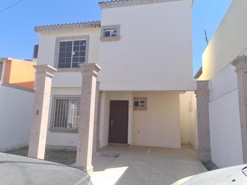 Imagen 1 de 12 de Casa Sola En Venta Guanajuato Oriente