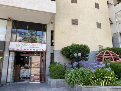 Llave De Restaurante En Las Condes, Av Manquehue