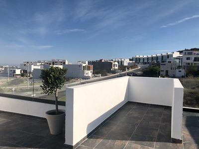 Hermosa Residencia En Zibatá, Roof Garden, Jardín, Estudio, 3 Recamaras, Lujo..
