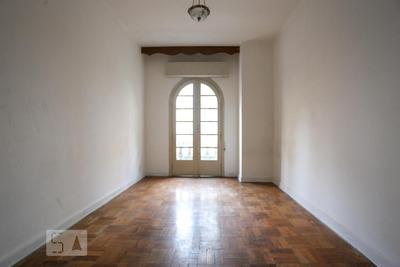 Apartamento No 2º Andar Com 1 Dormitório - Id: 892907644 - 207644