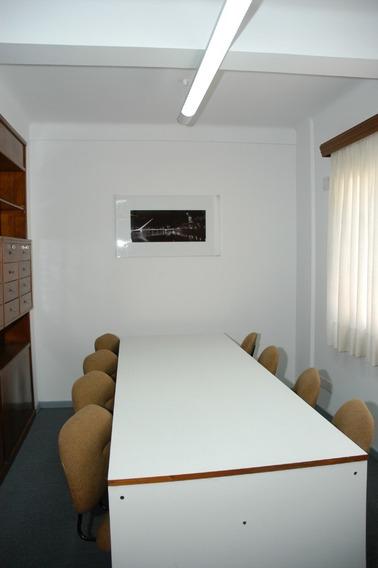 Oficina Tribunales Recepcion Dos Despachos Amoblada