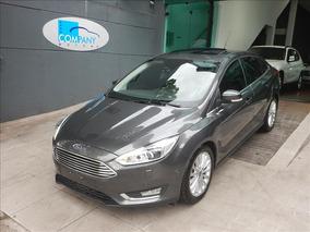 Ford Focus Focus Fastback Titanium Plus Top