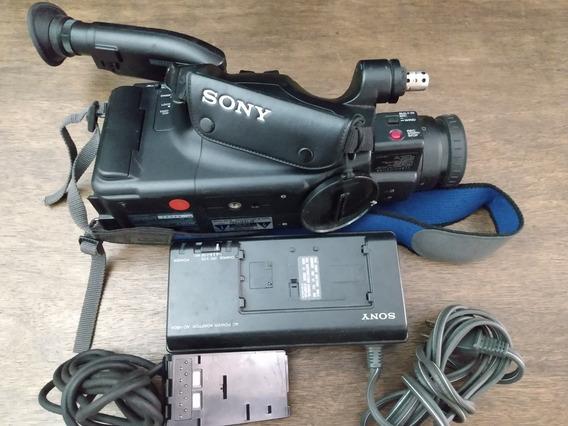 Camera Filmadora Vídeo 8 Sony Com Carregador (c20)