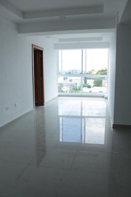 Apartamento En Autopista San Isidro