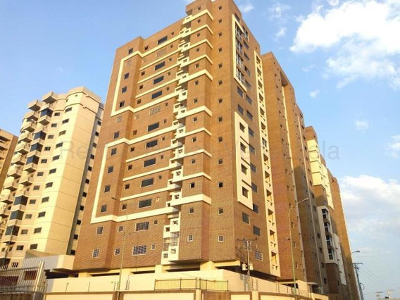 Apartamento En Venta Urb Base Aragua Maracay Mj 20-8467
