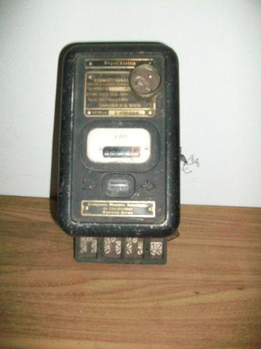 Antiguo Medidor De Corriente Eléctrica - Decoración