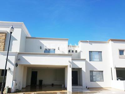 Hermosa Casa En Venta En Hermosillo En Versalles Residencial