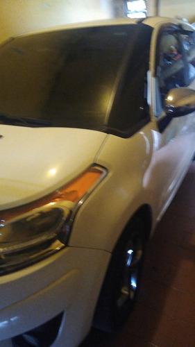 Imagem 1 de 5 de Citroën C3 Picasso 2012 1.6 16v Exclusive Flex Aut. 5p