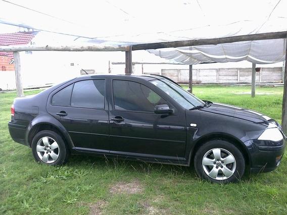 Volkswagen Bora 1.9 Trendline 2010
