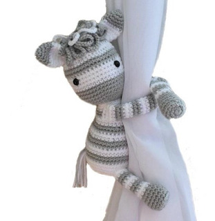 Sujetacortinas Amigurumi Muñeco Al Crochet Manoscreativas Sf