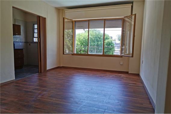 Alquiler Depto 1 Dormitorio+cochera.brazo Oriental