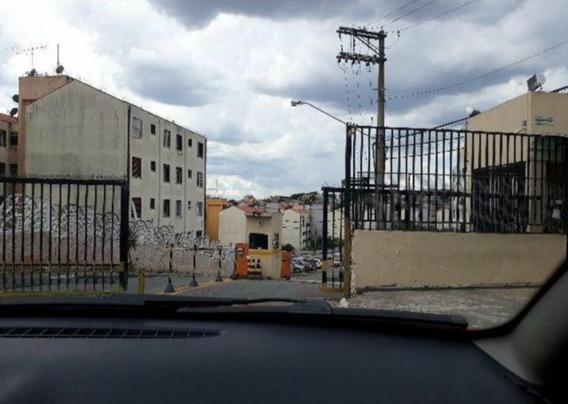Apartamento Cdhu Reformando Quintado.