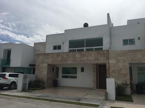 Casa En Venta En Cluster Vista Marqués. Lomas De Angelópolis