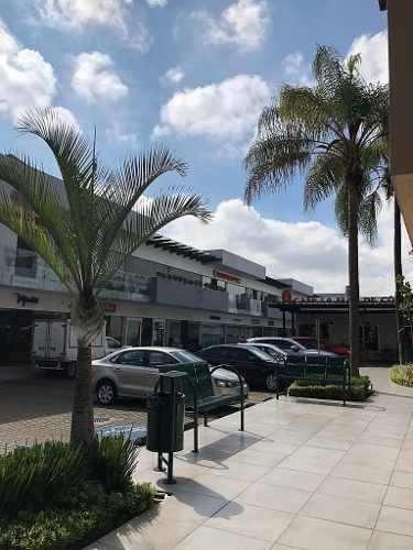 Locales En Renta Plaza Lomas Altas Zapopan