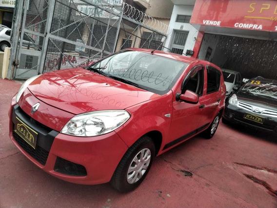 Renault - Sandero 1.0 Expression - 2012 - Troco - Financio