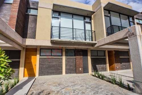Casa En Renta En Castilla La Nueva, A Solo 5 Minutos De Zona Industrial $13,000.00