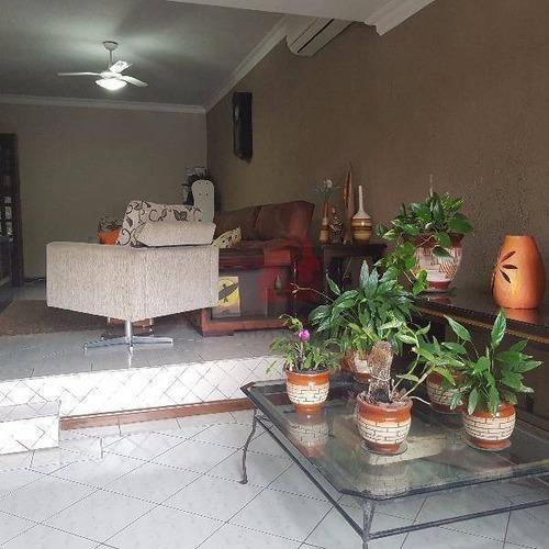 Casa De 2 Dormitórios Sendo 1 Suíte Master Com Hidro Garagem  À Venda No Bairro Cavalhada Em Porto Alegre - Ca0400