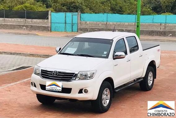Toyota Hilux Sr 2.7 4x4 Año 2012 Blanca Precio $ 18,500.00