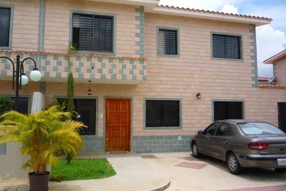 Darymar Reveron Vende 04145439979 Town House En Terranostra