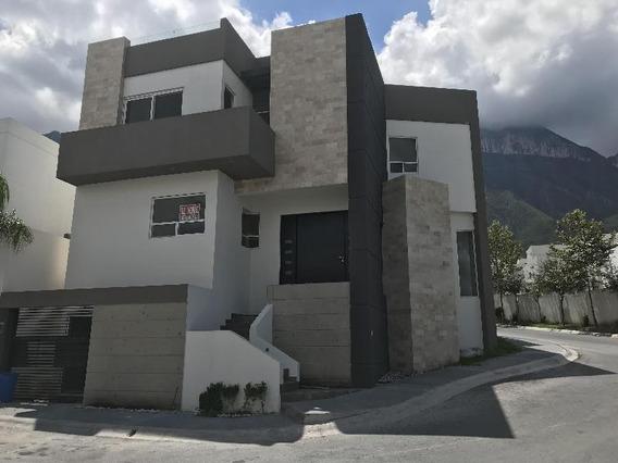 Hermosa Residencia Cima Del Bosque En Cumbres Elite