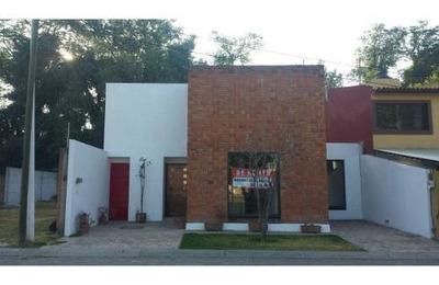 Se Vende Casa En Fraccionamiento Moratilla
