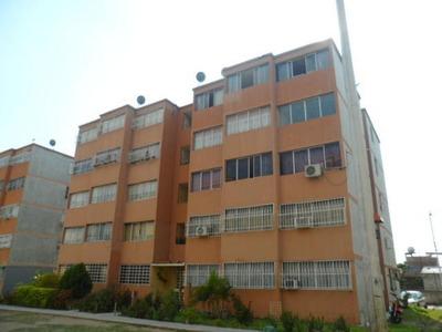 Apartamento En Venta Cagua Carretera Nacional C.f18-3836 Gjg