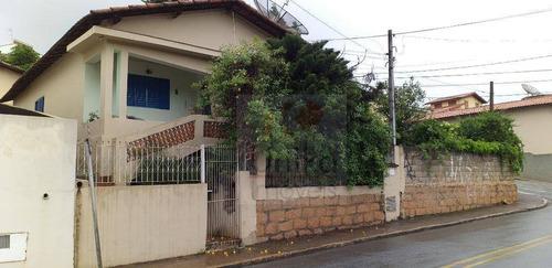 Imagem 1 de 7 de Casa Em Boa Conservação - Ca1181