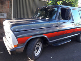 Ford F-1000 1990
