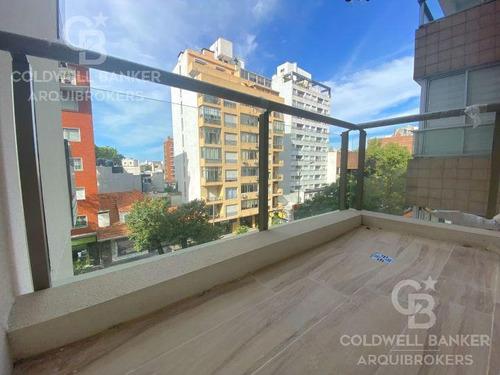 Apartamento De 2 Dormitorios En Venta Con Renta En Punta Carretas